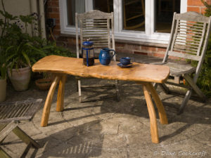 Outdoor coffee table in oak